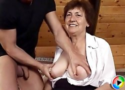 Wrinkled granny fucked