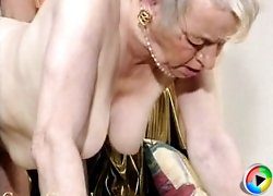granny gets her cunt pumped